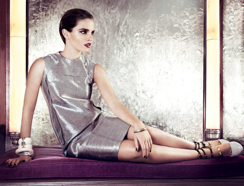 Vogue US (by Mario Testino)