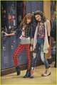 Zendaya and Bella - zendaya-and-bella-thorne photo