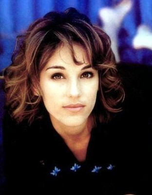 Amy Jo Johnson پیپر وال with a portrait titled amy jo johnson