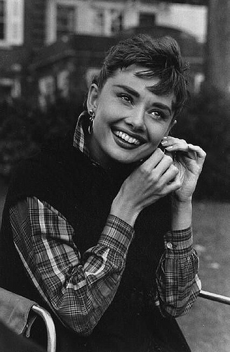 enchantment - audrey-hepburn Photo