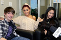 @Ariana Grande