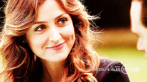 Rizzoli & Isles wallpaper containing a portrait titled -Rizzoli & Isles-