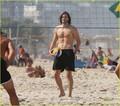 Ashton Kutcher: Beach Volleyball in Brazil!