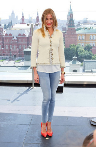 Cameron Diaz is seen at the Moscow photo call for her latest project Bad Teacher