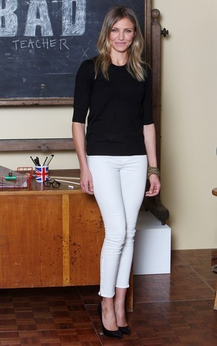 """Cameron Diaz was spotted at a Foto call for """"Bad Teacher"""" in London, England today (June 16)."""