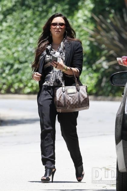 Demi - Leaves her home in Los Angeles, CA - June 14, 2011 - demi-lovato photo