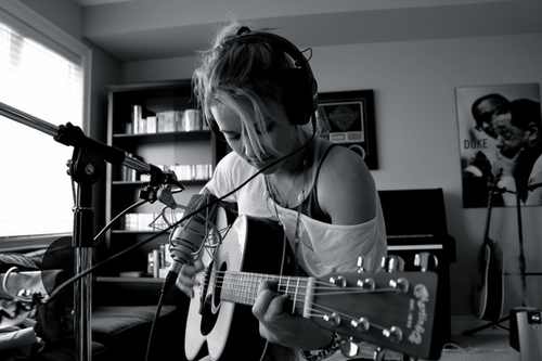 Emily Osment-Guitar