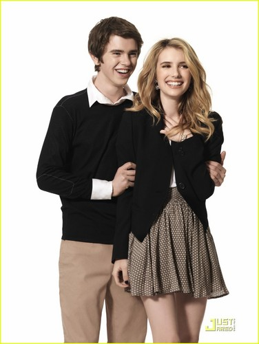 Emma Roberts & Freddie Highmore: 'Getting By' foto Shoot!