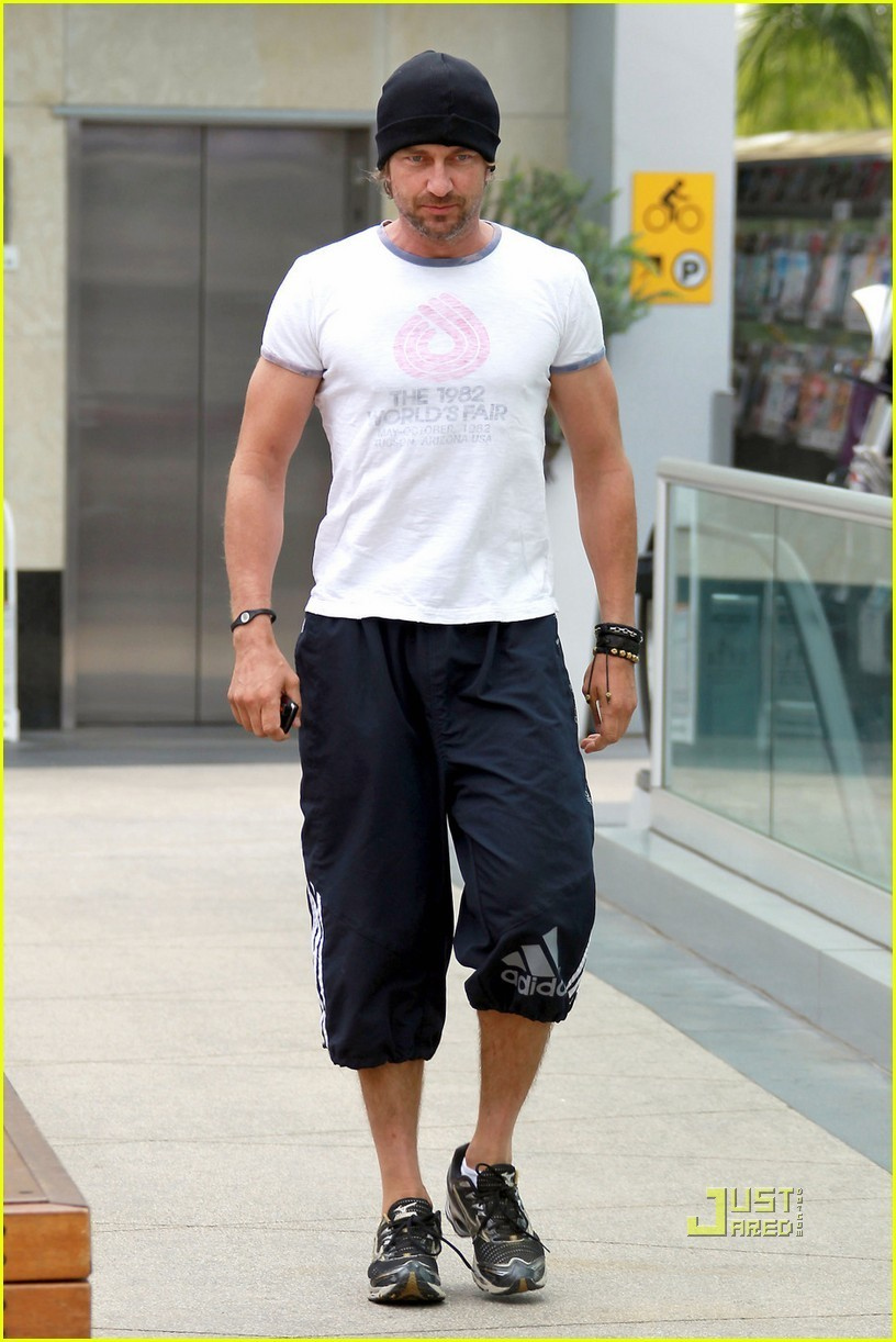 Gerard Butler Works It Out