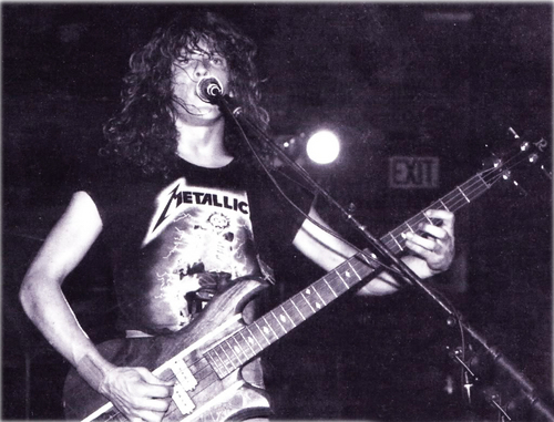 Jason Newsted 1985-before joining the band .
