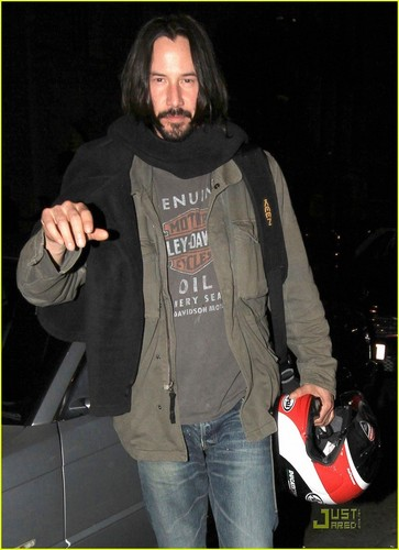 Keanu Reeves: Nobu with Mystery Woman!