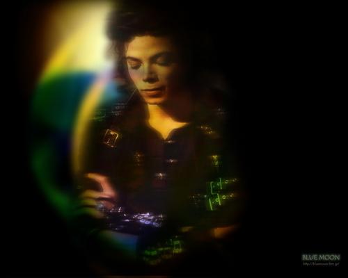 Michael দেওয়ালপত্র