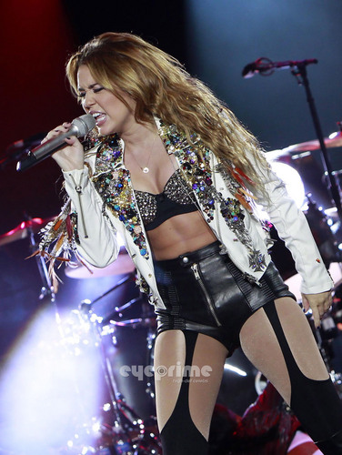 Miley Cyrus performs during a tamasha in Pasay City, Philippines, Jun 17