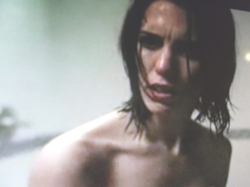 Mirrors 2 - christy-carlson-romano Screencap