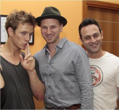Charlie Bewley wallpaper probably with an ice lolly called New pics from Itacon