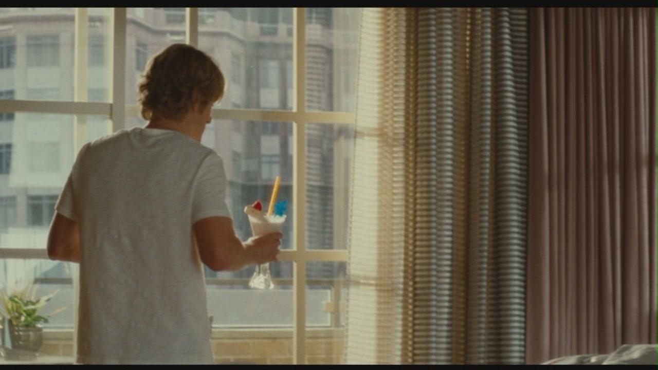 """Owen Wilson in """"How Do Ты Know"""""""