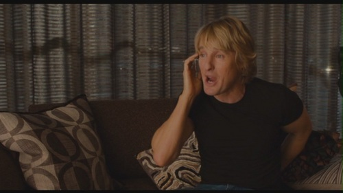 "Owen Wilson پیپر وال with a living room and a window نشست titled Owen Wilson in ""How Do آپ Know"""