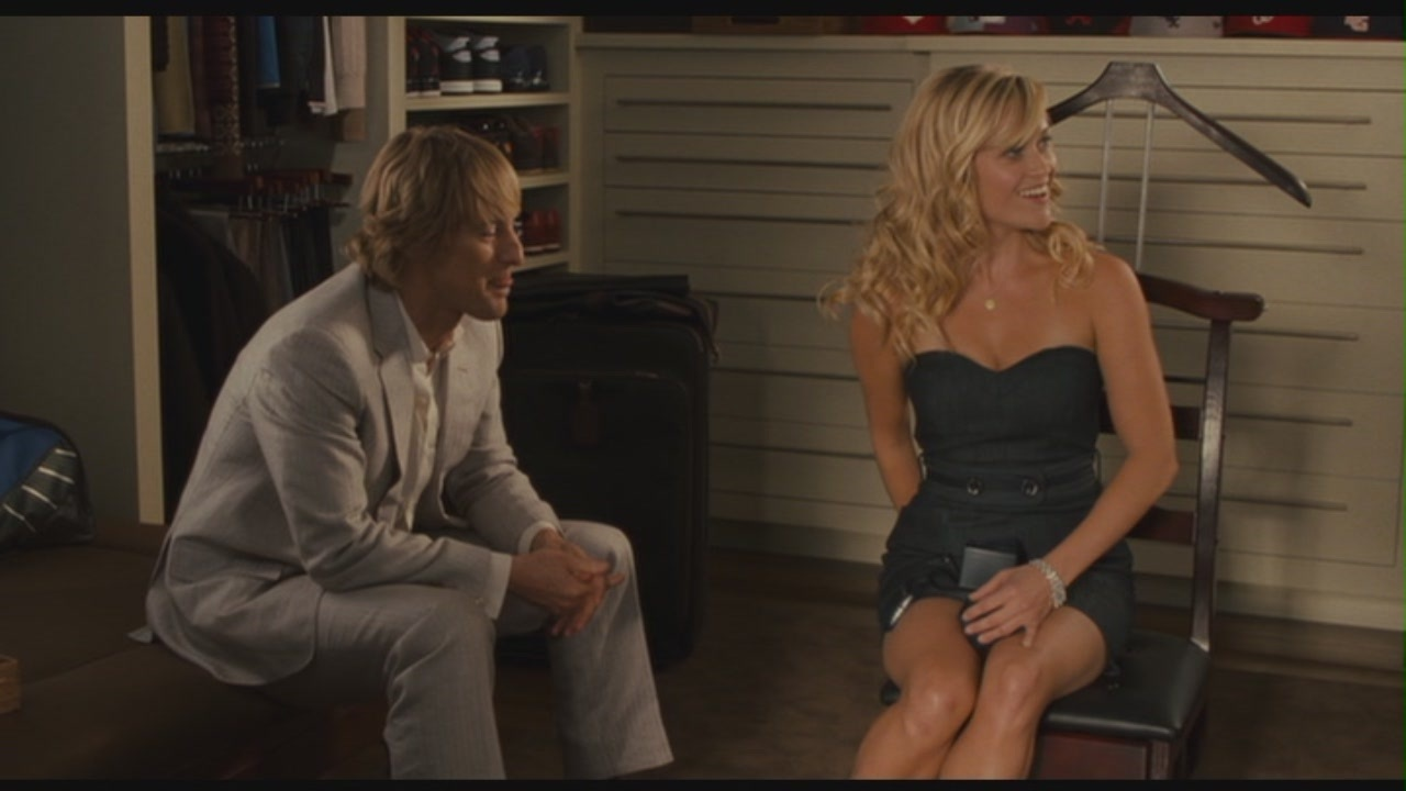 "Owen Wilson in ""How Do toi Know"""