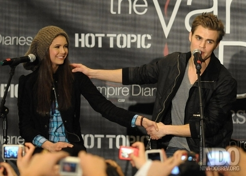 Paul: I l'amour Nina so much!