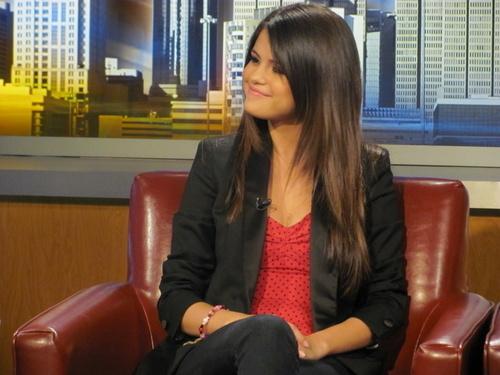 Selena - At 'Good 日 Atlanta' - June 16, 2011