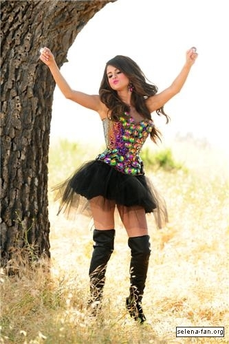 Selena - 'Love You Like a Love Song' Music Video Stills 2011