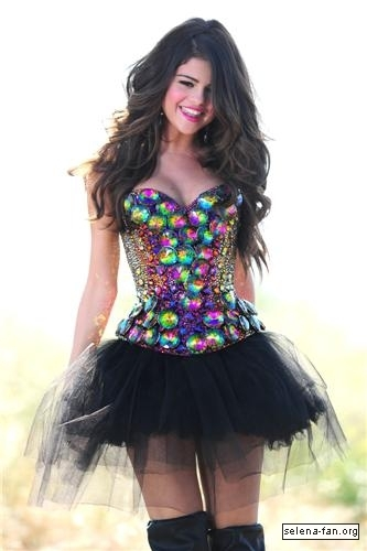 Selena - 'Love You Like a Love Song' Music Video Stills 2011