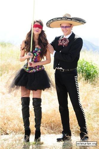 Selena - 'Love te Like a Amore Song' Musica Video Stills 2011