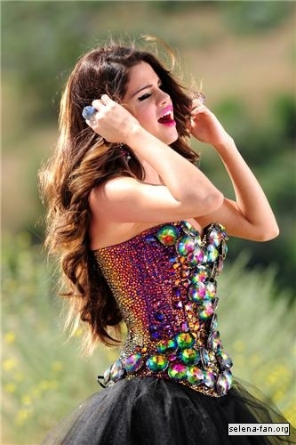 Selena - 'Love You Like a pag-ibig Song' Music Video Stills 2011