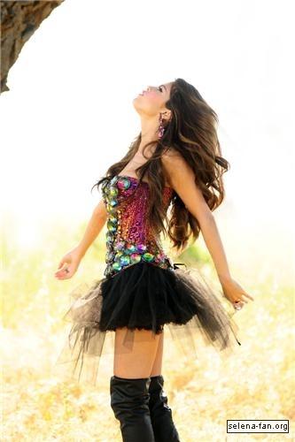 song of love_Selena - Love You Like a Love Song Music Video Stills 2011 - Selena Gomez Photo ...
