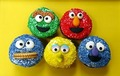 Sesame jalan on your Cupcake!