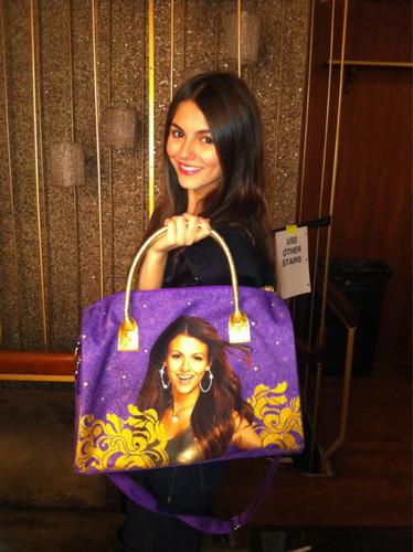 Victoria Justice-Hand Bag
