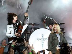 the one and only nikki sixx with vince niel the singer and the awsome tommy lee