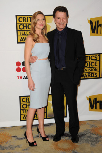 Anna Torv & John Noble @ the Critics' Choice Televisyen Awards 2011