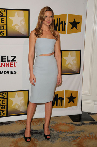Anna Torv @ the Critics' Choice Television Awards 2011