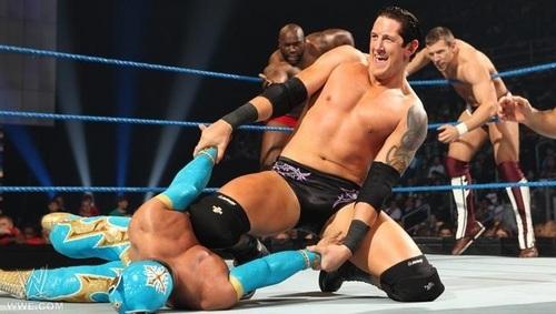Barrett in smackdown 6 man tag match