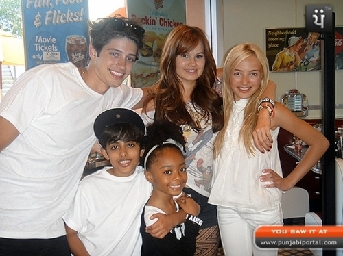 Behind The Scenes Of Jessie