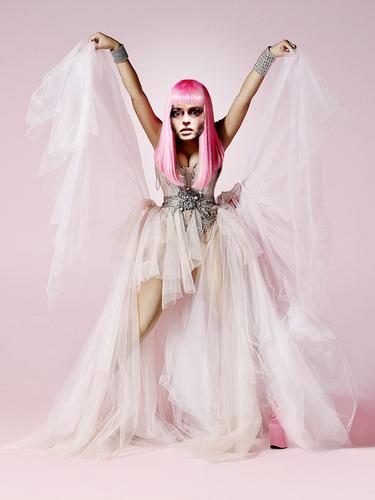 Bellatrix/Nicki Minaj