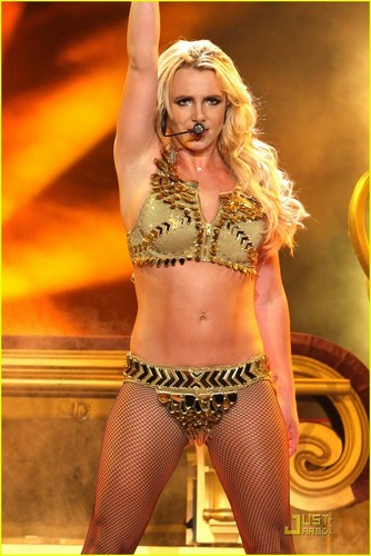 Britney Spears: Live in Los Angeles!