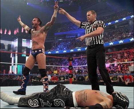 CM Punk vs Mysterio at Capitol Punishment