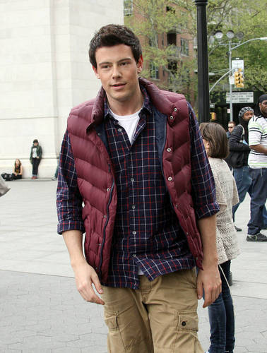 "Cory Monteith On the Set of ""New York"""