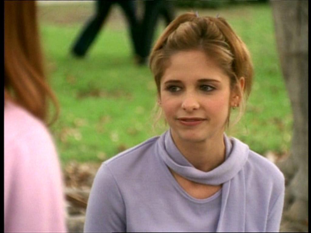 Cute Sarah Michelle Gellar Buffy season 3