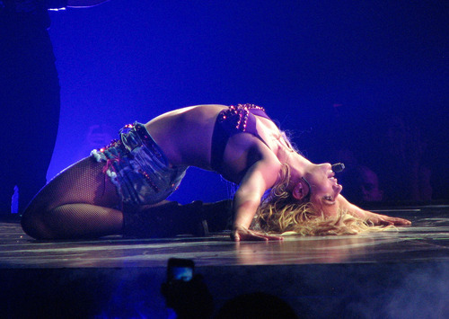 Femme Fatale Tour In Sacramento 16 06 11