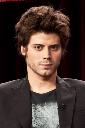 François Arnaud Hintergrund containing a business suit titled François Arnaud 18