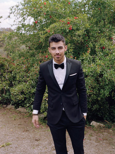Joe Jonas Covers 'Paper' Mag's Summer موسیقی