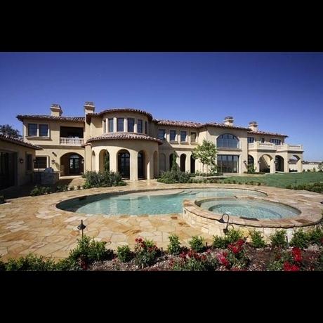 Katherine Jackson's Cool Home [=