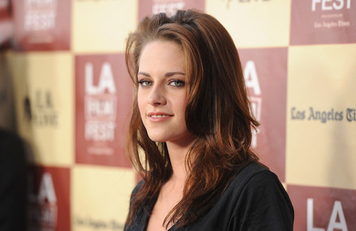 "Kristen at the ""A Better Life"" premiere-June 21st"