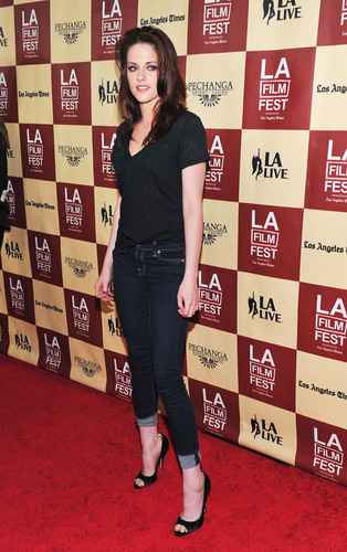 """Kristen at the """"A Better Life"""" premiere-June 21st"""