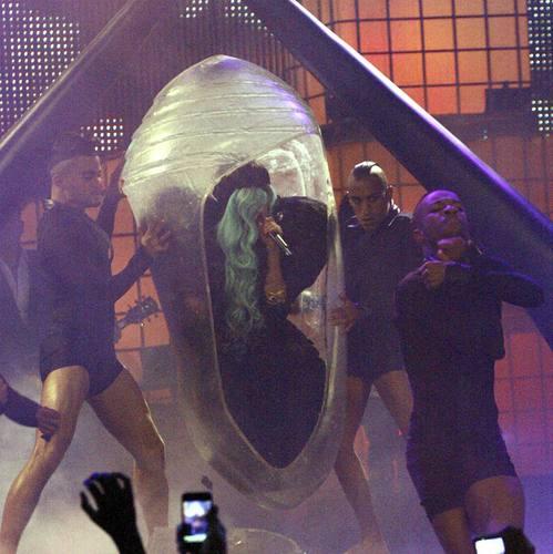 Lady Gaga @ MMVA 2011