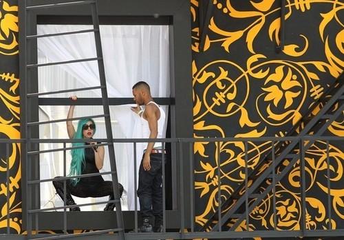 Lady Gaga Rehearses for Much muziki