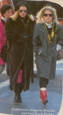 lisa marie presley wallpaper with a pele, peles coat, a mink, and a sable casaco titled Lisa